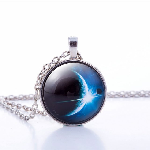 Nebula Space Pendant Necklace Glass Cabochon Sliver Chain Vintage Choker Statement Necklaces Fashion Women Jewelry Gift